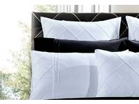 White European pillowcases (twin pack) for Lamere White set