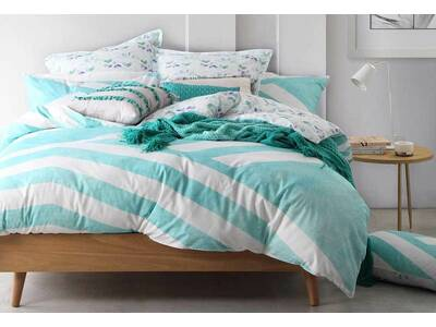 Percale Reversible Design Calippo Teal Quilt Cover Set - Queen Size