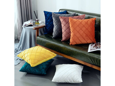 43x43cm Velvet Diamond Pleated Cushion Cover (multiple colors)